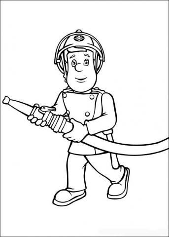 Раскраска пожарный с шлангом