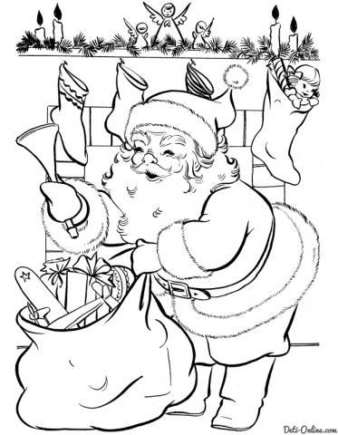 Раскраска Санта Клаус раскладывает подарки